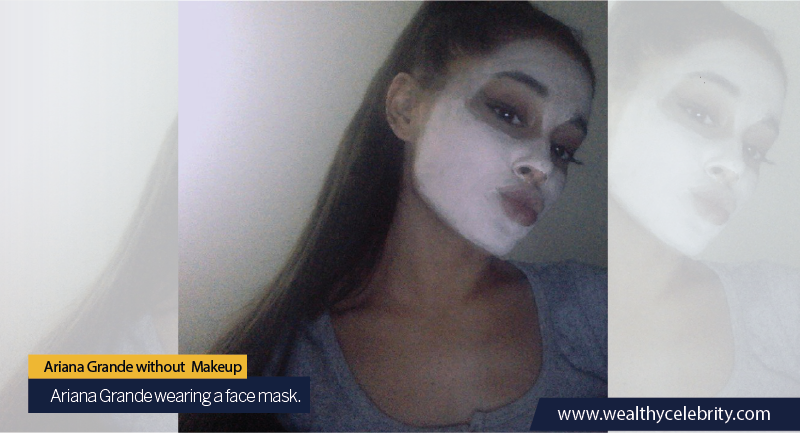 01 - Ariana Grande no makeup