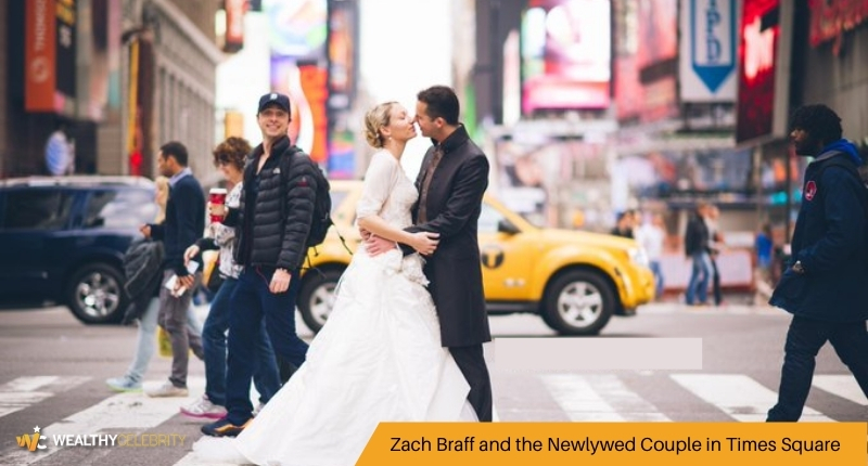 Zach Braff and the Newlywed Couple in Times Square
